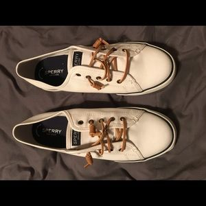 Sperry White Pier view core shoes NWT